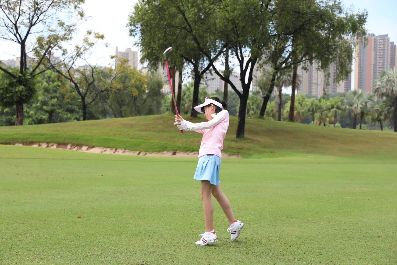 PGA职业球员的官方一号木距离是怎样统计的?